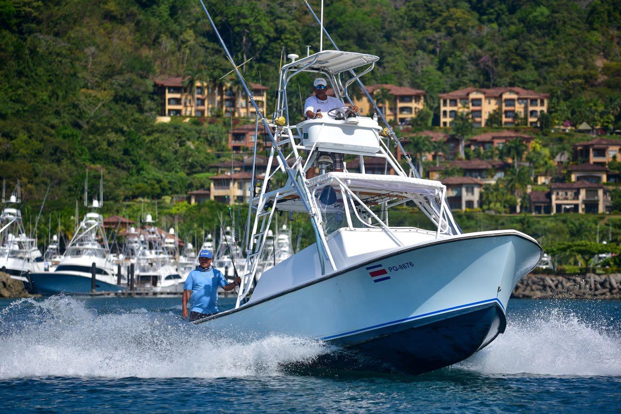 Deepfishing Boat tour